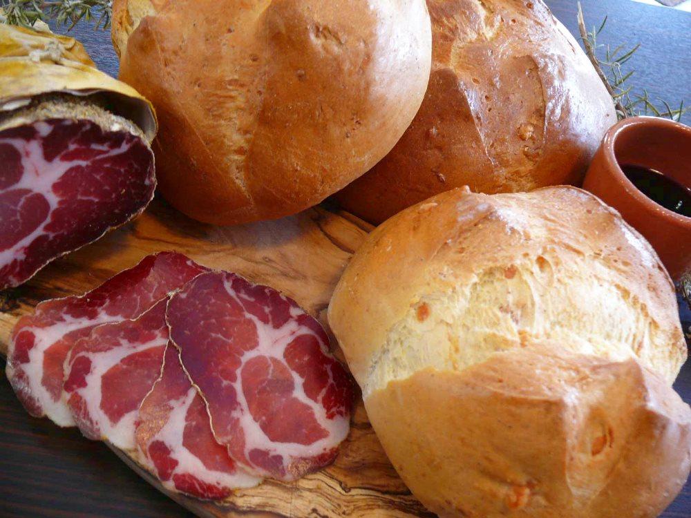 ARRIVA PASQUA Ricette e delizie Toscane: la Ciaccia di Pasqua