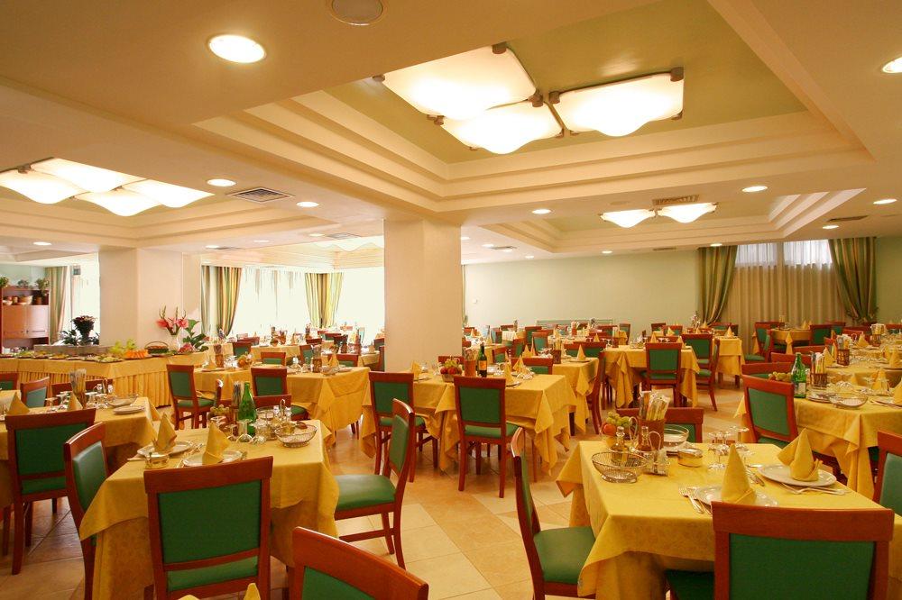 Hotel Luca***